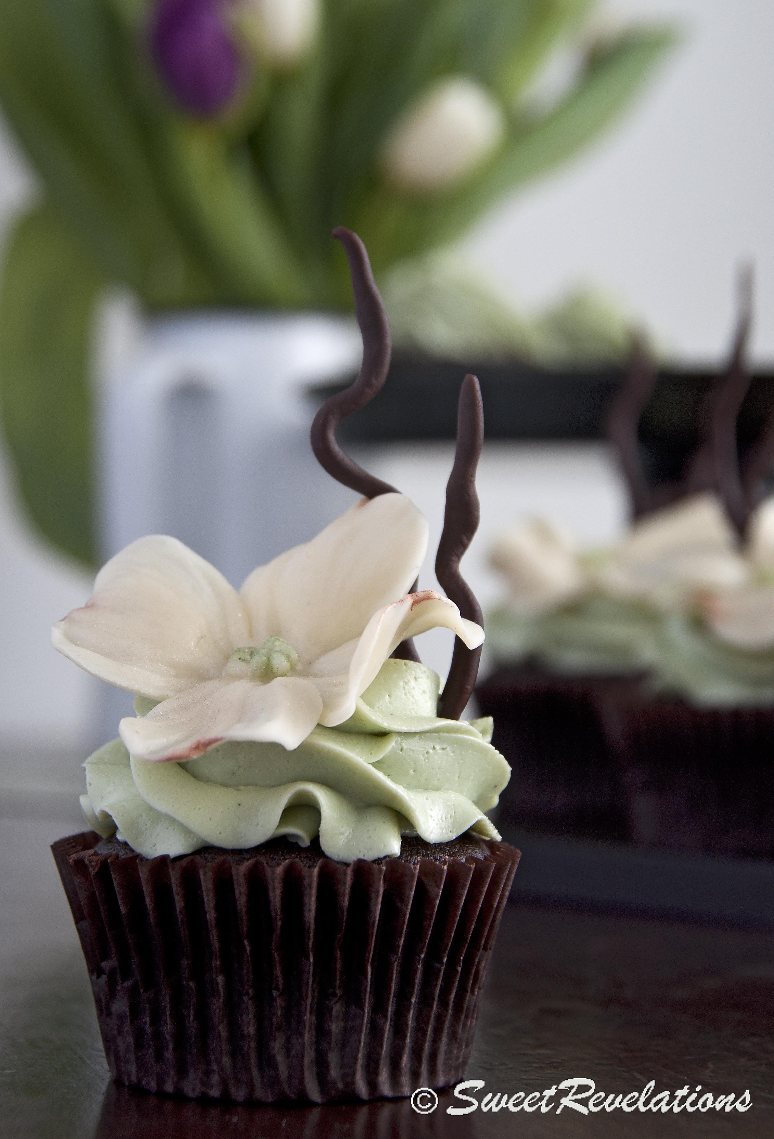 White Modelling Chocolate Sweetrevelations