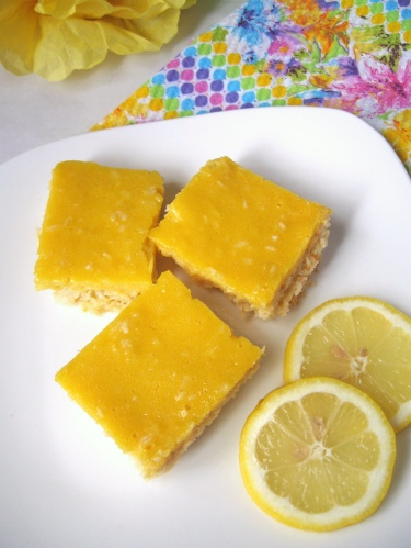 lemonbars via Swirls and Spice